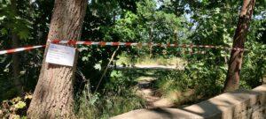 Juli 2021: Absperrung des Volksparks zwischen Korb 6 uns Tee 7